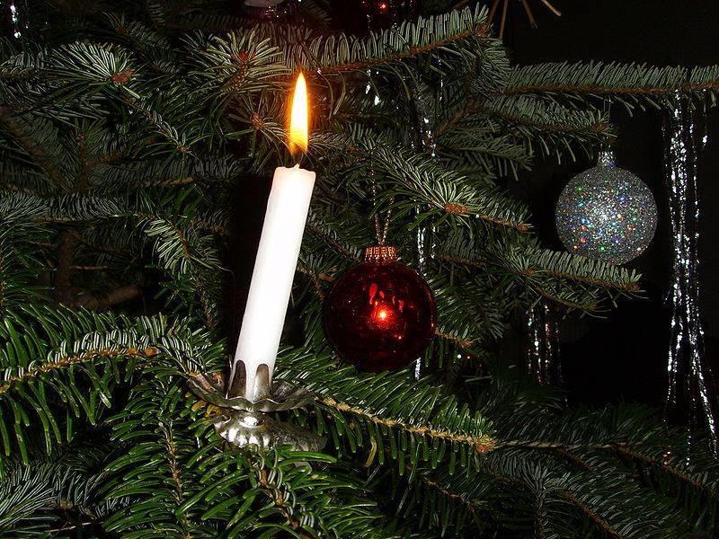 Grandma S Unforgettable Non Electric Christmas Tree Toxawaytellit